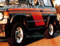 LESTER lemy blatníků Mitsubishi Pajero 2dv. -- do roku výroby -87